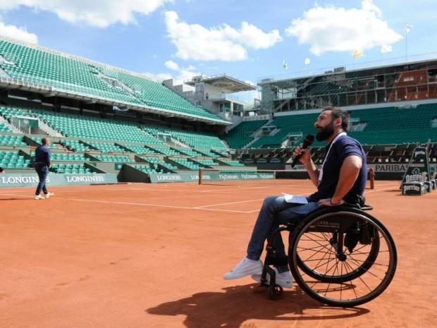 Site JO Paris2024 : Roland-Garros avec Mickaël Jérémiasz au cours de la visite de la Commission d'évaluation du CIO le 13 mai 2017 au Stade de France
