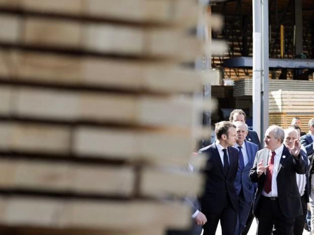 E. Macron et filière bois