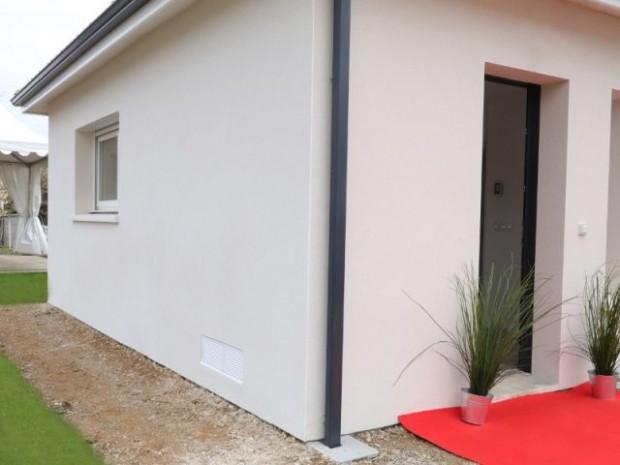 Une maison sous surveillance grâce à des sondes et une station météo
