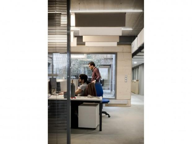 Un bureau à l'usine Aerem