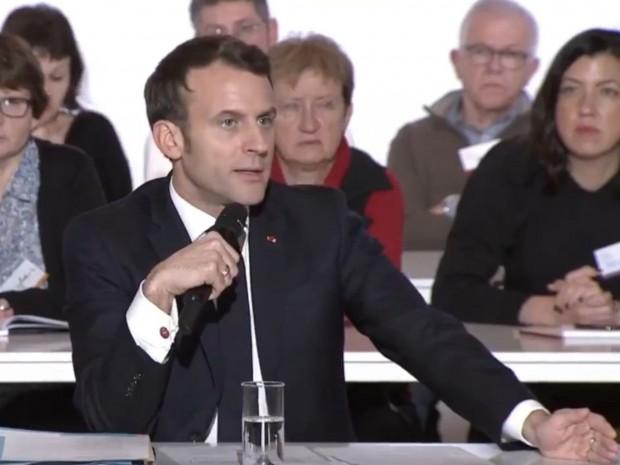 Emmanuel Macron rencontre la Convention climat