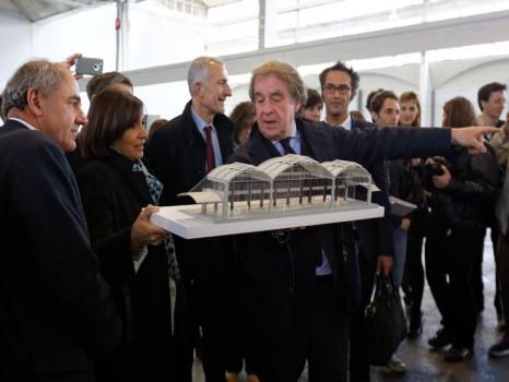 Visite et délivrance du permis de construire de la Halle Freyssinnet à Paris