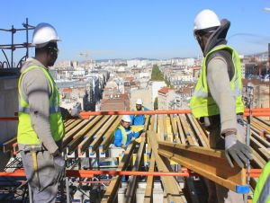 Chantier Bouygues au TGI de Paris fin septembre 2015